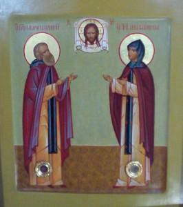 Икона с частицами мощей святой благоверной княгини Анны Кашинской и преподобного Макария Калязинского в храме святого страстотерпца царя Николая II